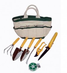 Garden-Tool-and-Tote-Set-by-Master-Craft
