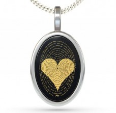 I-Love-You-Necklace-In-120-Languages-Imprinted-in-24kt-Gold-on-Onyx-Stone