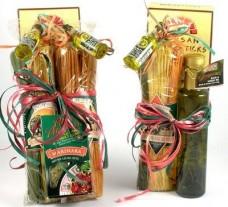 Gourmet-Italian-Pasta-Gifts-Italian-Gift-Basket-by-Gift-Basket-Village