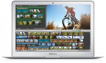 Apple MacBook Air Laptop (MD760LL/A 13.3-Inch )