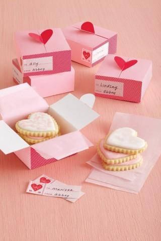 Valentines Day Heart Treat Box by Martha Stewart Crafts