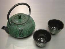Japanese-Cast-iron-Tea-Pot-Cup-Set-Green-Bamboo